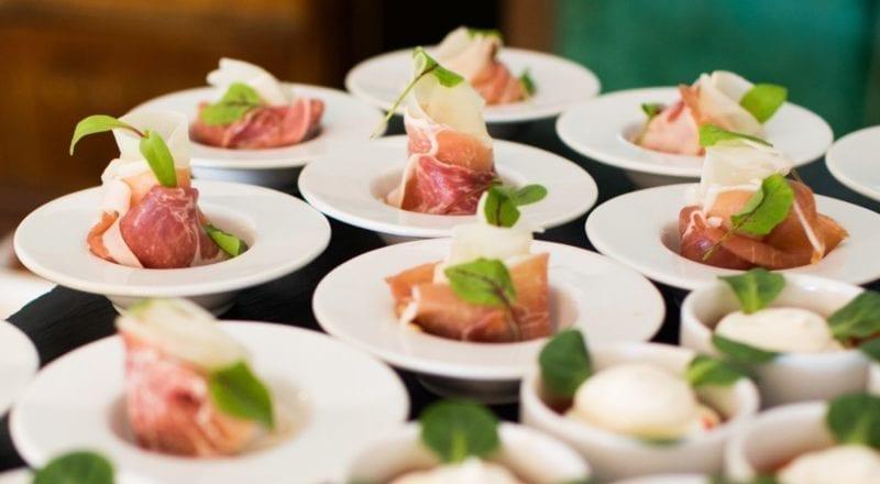 Comment Choisir un Restaurateur pour un Évènement