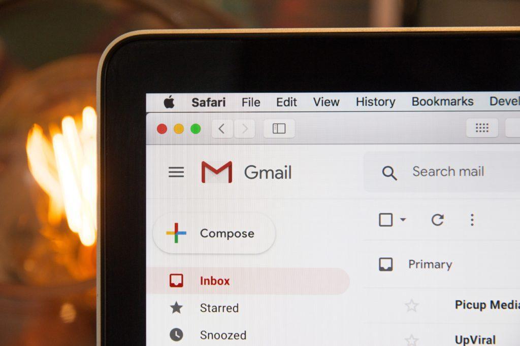 Partenariats avec les Médias de l'Évènementiel : Faites énormément de recherches avant d'envoyer des emails à vos potentiels partenaires.